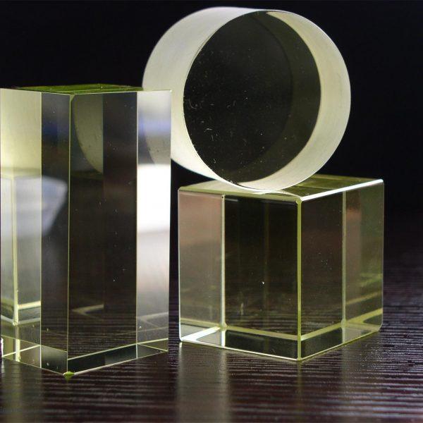 Type MR4 Faraday Rotator Glass
